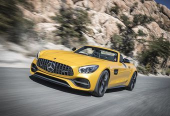 AMG GT Roadster : Mercedes décoiffe l'AMG GT #1