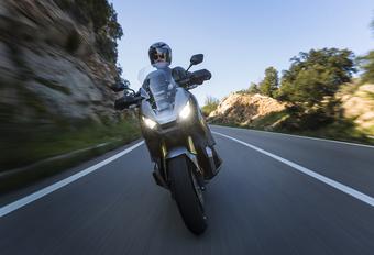 Honda X-ADV (2017) - motortest #1