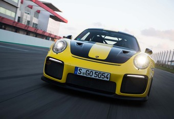 VIDEO – Porsche 911 GT2 RS: explosief requiem #1