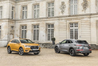 DS 7 Crossback : Gewaagde grand  écart #1