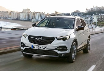 Opel Grandland X Ultimate 2.0 CDTI AT8 2018: All-inclusive #1