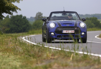 Mini Cabrio Cooper S 192 A : Nog altijd fun #1