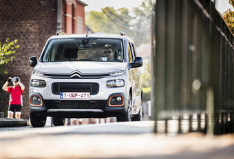 Citroën Berlingo 1.5 BlueHDi 130 A : Even praktisch, maar dynamischer #1