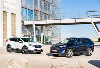 Honda CR-V 2.0 Hybrid vs Toyota RAV4 2.5 Hybrid #1
