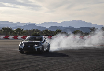 Lexus RC F Track Edition (2019) #1