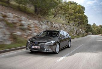 Toyota Camry: berline zoekt bestuurder #1