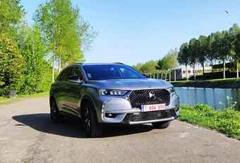 DS 7 CROSSBACK 1.6 PureTech 225 : Luxe ten top gedreven #1