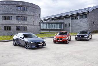 3 Compacte Middenklassers : Mazda 3, BMW 118i et VW Golf #1