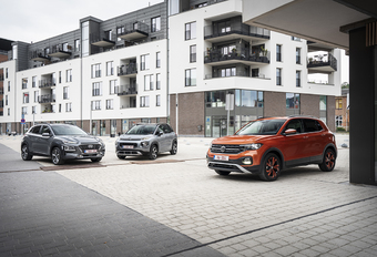 Volkswagen T-Cross contre 2 rivales #1
