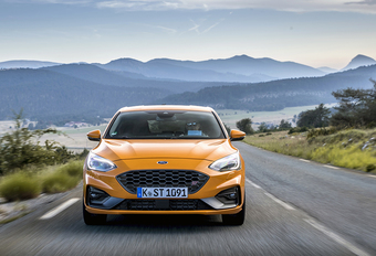Ford Focus ST Performance (2019) #1