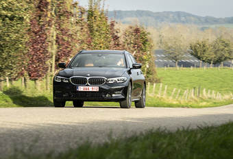 BMW 320d A Touring: De fleetlieveling #1