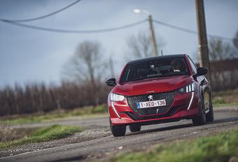 Peugeot 208 1.2 PureTech 100 : Stijvolle welp #1