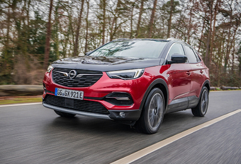 Opel Grandland X Hybrid4 : Dur au cœur tendre #1