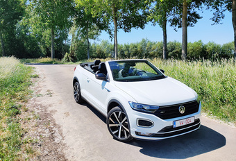 Volkswagen T-Roc Cabriolet 1.5 TSI (2020) #1