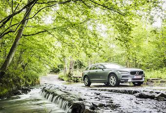 Het hoeft echt geen SUV te zijn, een terreinbreak kan minstens evenveel. AutoWereld doet de test met de Volvo V90 Cross Country D4.