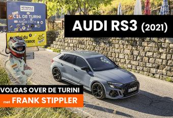 Een vierwielaangedreven hot hatch. Een professionele racepiloot. En een uitdagende bergpas. We zetten ons naast Frank Stippler en bestormen de legendarische Col de Turini met de nieuwe Audi RS 3 Sportback Quattro. Bekijk de video.