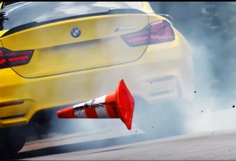 Een BMW M4 CS hoor je zo hard en zo dwars mogelijk te rijden. En dat heeft Pennzoil uitstekend begrepen, want in hun jongste reclamefilmpje op en rond de Nürburgring tonen ze de goegemeente de middenvinger.