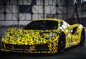 De elektrische Lotus Evija die 2.000 pk sterk zou zijn en in minder dan 9 seconden van 0 naar 300 km/u zou sprinten, draait zijn eerste testkilometers. Bekijk de video!