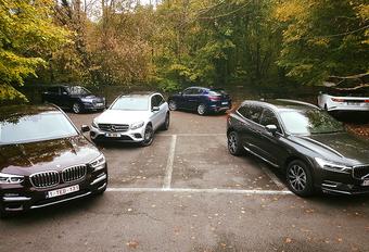 AutoWereld zet de Alfa Romeo Stelvio, de Audi Q5 en de BMW X3 tegenover de Mercedes GLC, de Range Rover Velar en de Volvo XC60. Zes SUV's, maar slechts één winnaar.
