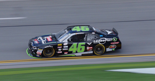 Fotos Anthony Kumpen Mikt Op Top 10 In Tweede Nascar
