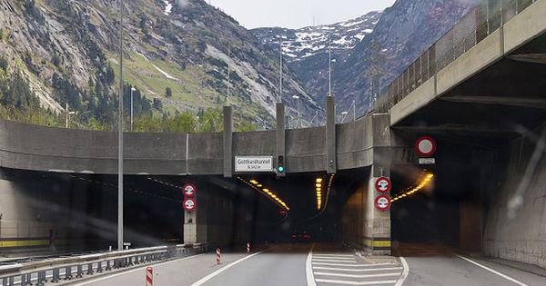 Zomerspecial 2019 – De Gotthard-wegtunnel - AutoGids