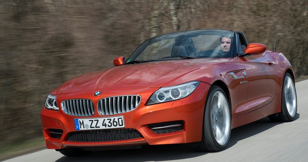 sp cifications essai bmw z4 sdrive 35is moniteur automobile. Black Bedroom Furniture Sets. Home Design Ideas