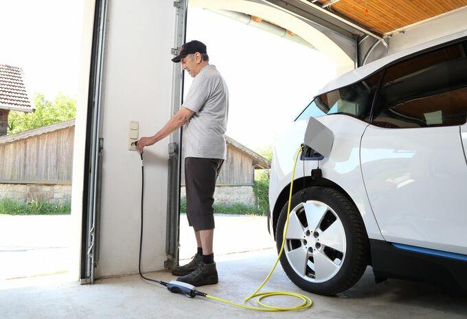 Bornes pour voitures électriques : le fisc donnera un coup de pouce #1