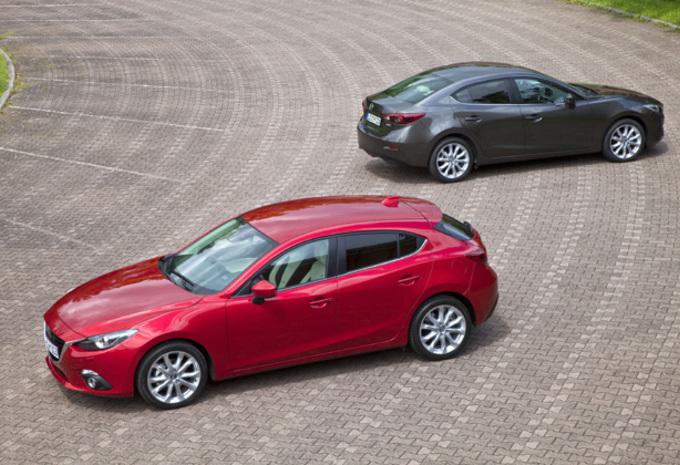 Nieuwe 3 ster van Mazda-stand op het Autosalon van Brussel 2014 #1