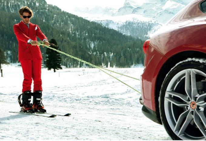 Fiat-erfgenaam skiet achter Ferrari FF #1