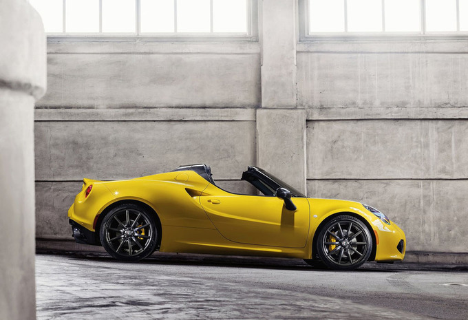 alfa romeo 4c spider 1 7 turbo spider 2016 prix. Black Bedroom Furniture Sets. Home Design Ideas