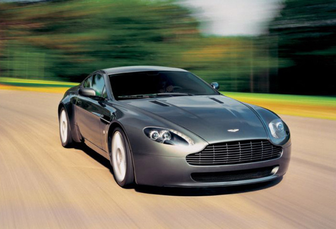 aston martin v8 vantage v8 vantage 2005 prix moniteur automobile. Black Bedroom Furniture Sets. Home Design Ideas