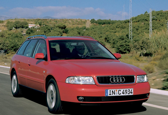 audi a4 avant 1 9 tdi 85kw 1999 prix moniteur automobile. Black Bedroom Furniture Sets. Home Design Ideas
