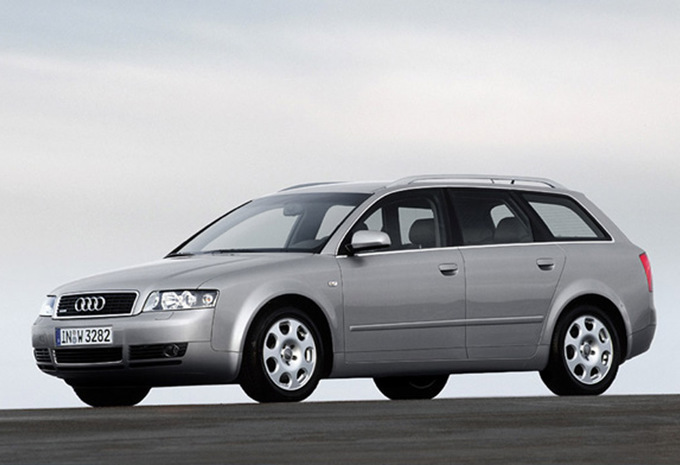 audi a4 avant 1 9 tdi 130 quattro 2001 prix moniteur automobile. Black Bedroom Furniture Sets. Home Design Ideas