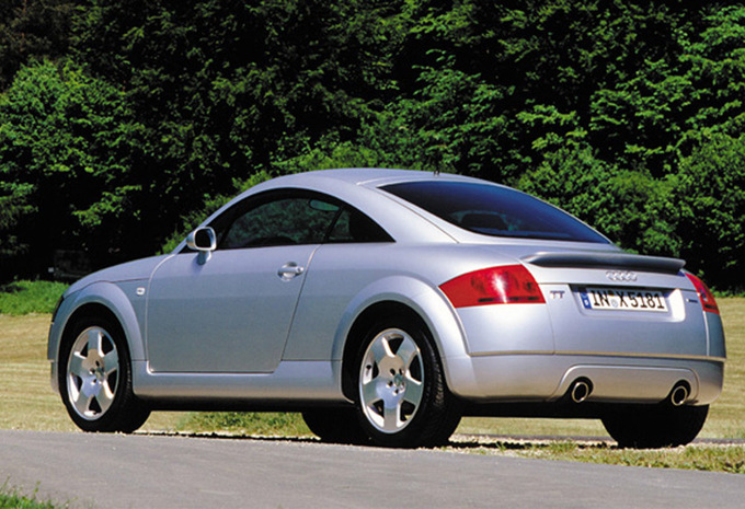 audi tt coup 1 8t 225 quattro ambition 1998 prix moniteur automobile. Black Bedroom Furniture Sets. Home Design Ideas