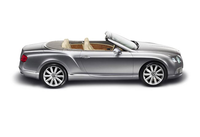 bentley continental gt cabrio 4 0 4x4 aut s 2017 prix moniteur automobile. Black Bedroom Furniture Sets. Home Design Ideas