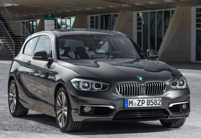 bmw s rie 1 sportshatch m140i 250 kw 2018 prix moniteur automobile. Black Bedroom Furniture Sets. Home Design Ideas