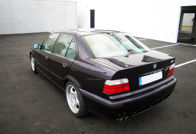 bmw s rie 3 berline 325tds 1990 prix moniteur automobile. Black Bedroom Furniture Sets. Home Design Ideas