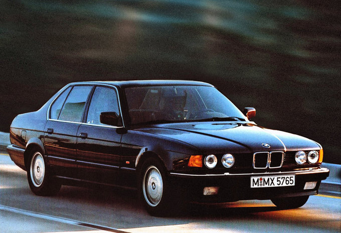 bmw s rie 7 berline 740il v8 1986 prix moniteur automobile. Black Bedroom Furniture Sets. Home Design Ideas