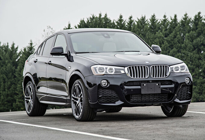 bmw x4 xdrive20d 140 kw 2018 prix moniteur automobile. Black Bedroom Furniture Sets. Home Design Ideas