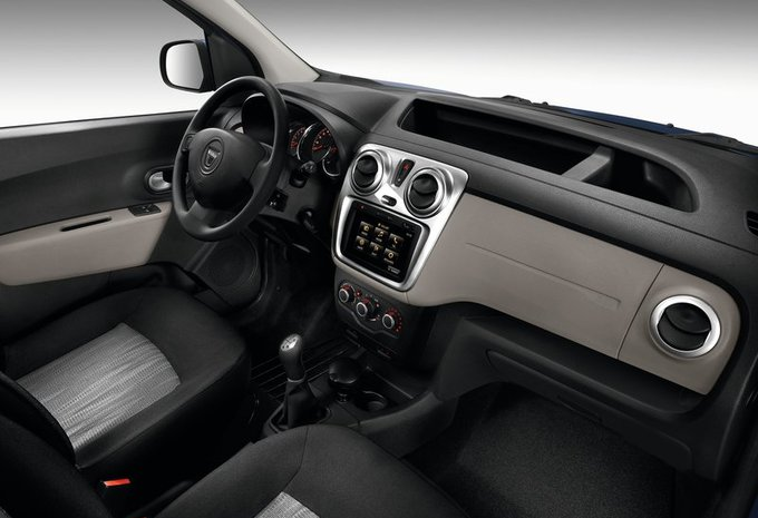 dacia dokker 5p 1 2 tce stepway 2017 prix moniteur automobile. Black Bedroom Furniture Sets. Home Design Ideas