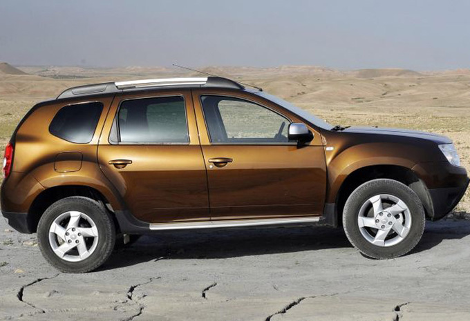 dacia duster 1 5 dci 110 4x4 laur ate 2010 prix moniteur automobile. Black Bedroom Furniture Sets. Home Design Ideas