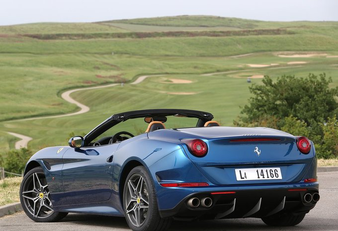 ferrari california spider california t 2016 prix moniteur automobile. Black Bedroom Furniture Sets. Home Design Ideas