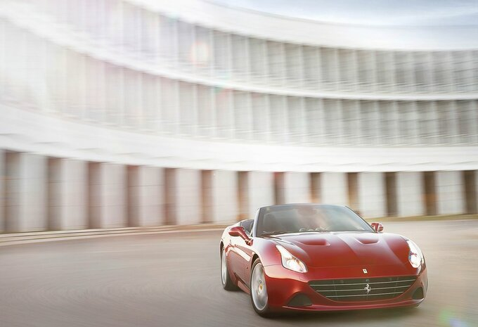ferrari california spider california t 2016 prix. Black Bedroom Furniture Sets. Home Design Ideas