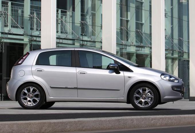 Foto's Fiat Punto 5d 1.2 8V Dynamic (2009) technische gegevens ... on fiat linea, fiat x1/9, fiat doblo, fiat cars, fiat barchetta, fiat multipla, fiat 500 turbo, fiat seicento, fiat marea, fiat ritmo, fiat cinquecento, fiat 500 abarth, fiat panda, fiat coupe, fiat bravo, fiat 500l, fiat stilo, fiat spider,