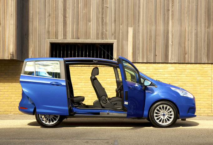 prijs ford b max ecoboost 74kw s s titanium 2017. Black Bedroom Furniture Sets. Home Design Ideas