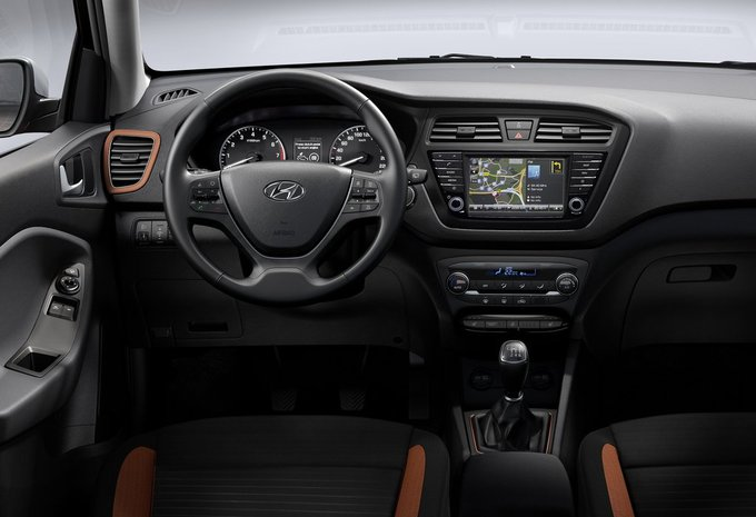hyundai i20 3p 1 4 crdi sport 2015 prix moniteur automobile. Black Bedroom Furniture Sets. Home Design Ideas