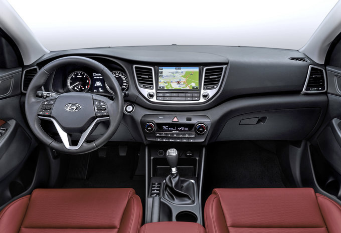 hyundai tucson 2 0 crdi 4x4 100kw premium 2015 prix moniteur automobile. Black Bedroom Furniture Sets. Home Design Ideas