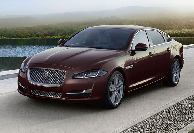 jaguar xj lwb 3 0 v6 supercharged 4x4 autobiography 2018 prix moniteur automobile. Black Bedroom Furniture Sets. Home Design Ideas