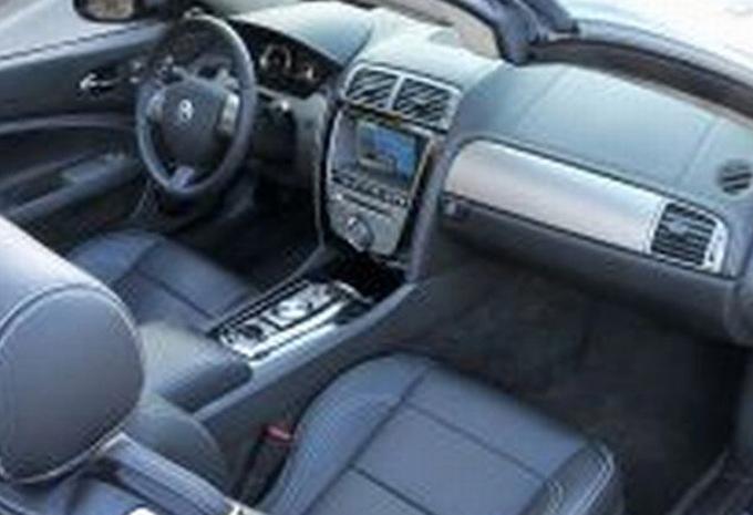 jaguar xk cabriolet 4 2 v8 2006 prix moniteur automobile. Black Bedroom Furniture Sets. Home Design Ideas
