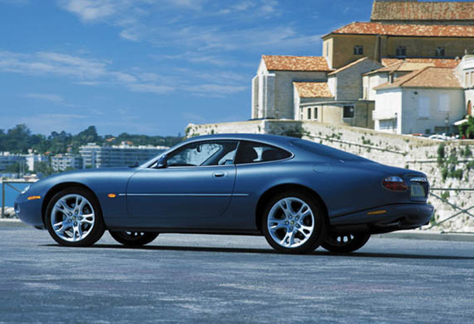 jaguar xk8 xkr 1996 prix moniteur automobile. Black Bedroom Furniture Sets. Home Design Ideas